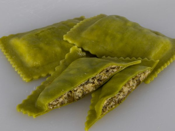 brokkoli ricotta ravioloni