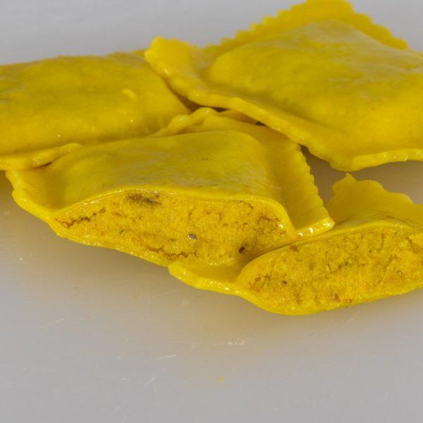 ravioloni ricotta dattel curry2